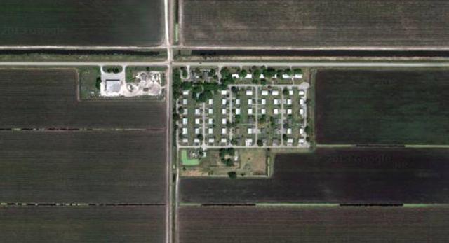 Współczesna architektura amerykanska, małe domy na prowincji. Nietypowa wioska